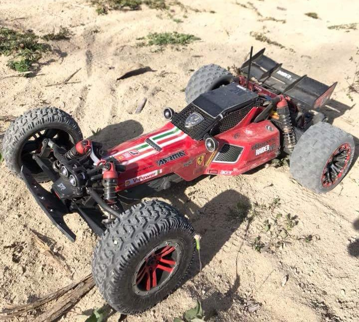 Product focus page 2 arrma news blog available in both our brushed mega power type alongside the more aggressive 3s capable blx brushless version the raider xl is designed to throw you freerunsca Gallery